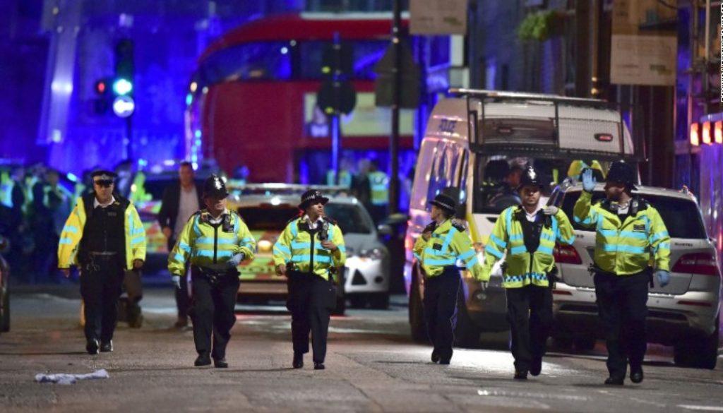 Множество терористични атаки в Лондон
